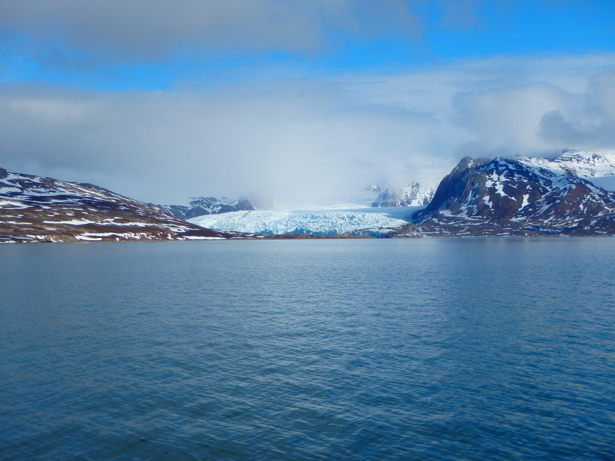 Glacier entering the marine Smeerenburgfjorden, Svalbard | Research Group Loy | APRI